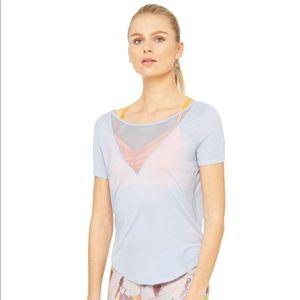 Alo Yoga Shadow Short Sleeve Top BNWT in Sky Blue